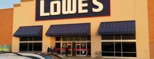Lowe's is one of Posti che sono piaciuti a Christian.