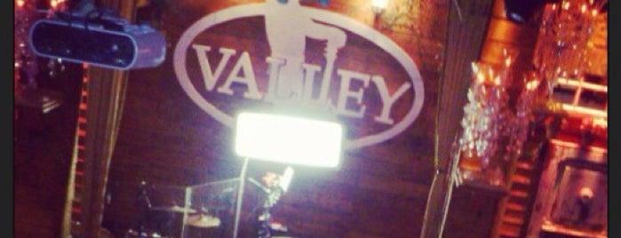 Valley Acoustic Bar is one of Lugares favoritos de Rafael.