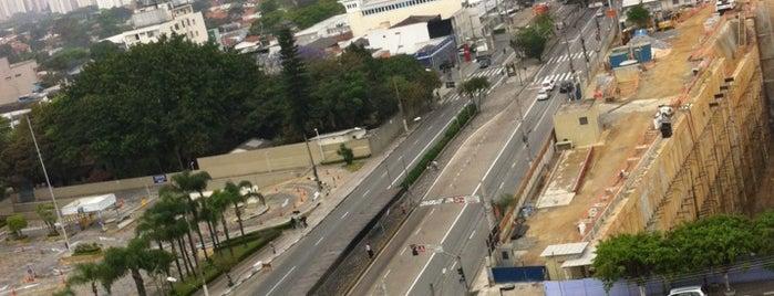 Avenida Bem-te-vi is one of Tempat yang Disukai Deyse.