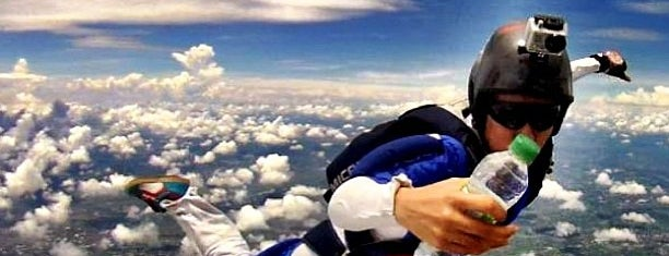 Skydive Cuautla is one of quiero quiero *u*.