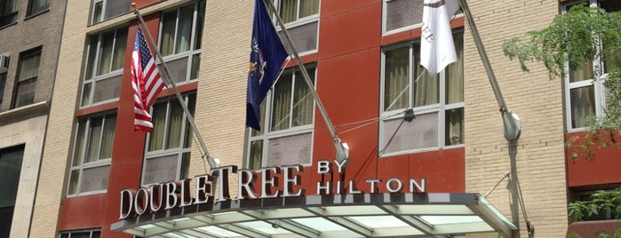 DoubleTree by Hilton Hotel New York - Times Square South is one of Lugares favoritos de Karen.