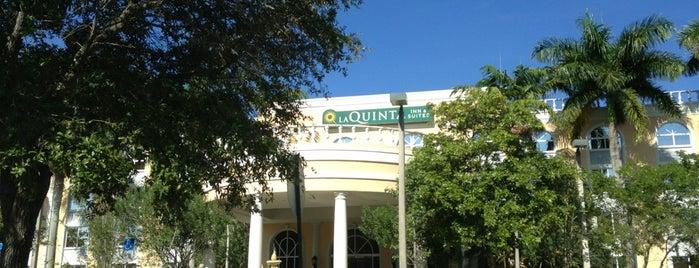 La Quinta Inn & Suites Sunrise Sawgrass Mills is one of Lugares favoritos de Rodrigo.