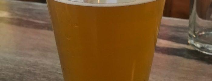 Jackson Street Brewing is one of Gespeicherte Orte von Kyle.