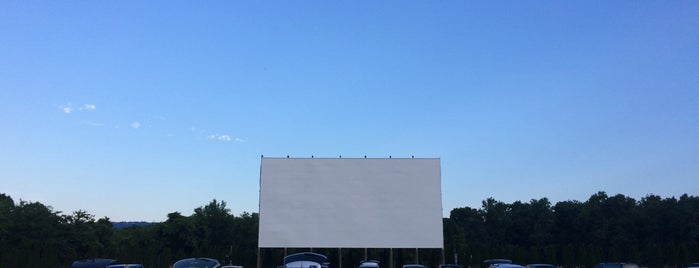 Wilderness Drive In Movie Theater is one of TAKE ME TO THE DRIVE-IN, BABY.