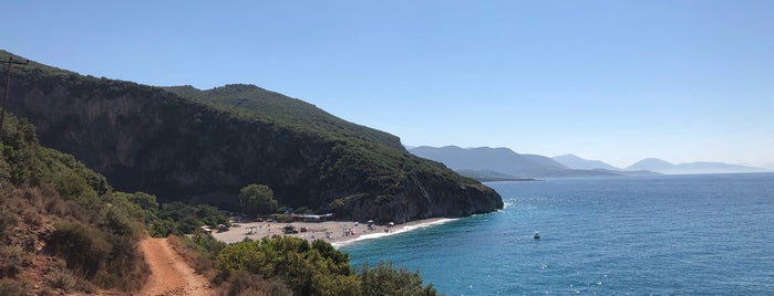 Gjipës beach is one of Dalmaçya 101.