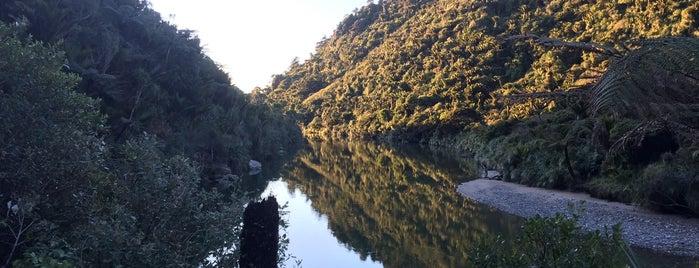 Paparoa National Park is one of Nuova Zelanda.