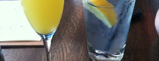 Duffy's Tavern & Grille is one of Bottomless Mimosa Brunches in Chicago.
