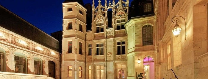 Hotel de Bourgtheroulde (Autograph Collection) is one of Rouen.