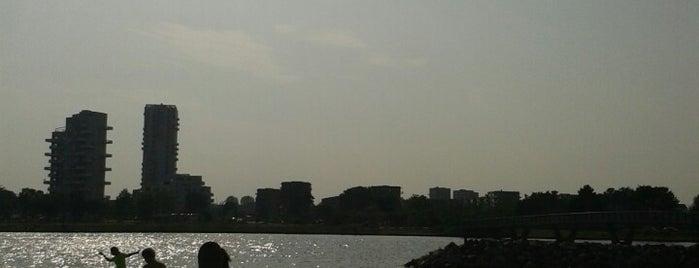 Amager Strand is one of Orte, die Anna gefallen.