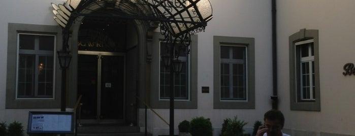Hôtel Beau-Rivage is one of Andrew: сохраненные места.