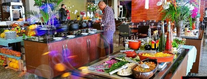 Blue Tree Restaurante is one of Locais curtidos por Presi.
