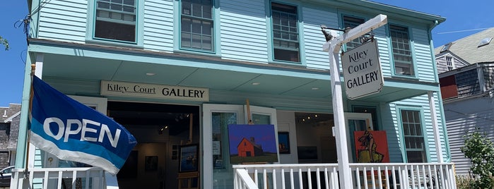 Kiley Court gallery is one of Cape cod.