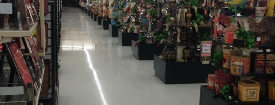 Hobby Lobby is one of Orte, die West gefallen.