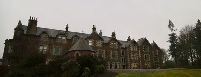 Cromlix House is one of สถานที่ที่ Mike ถูกใจ.