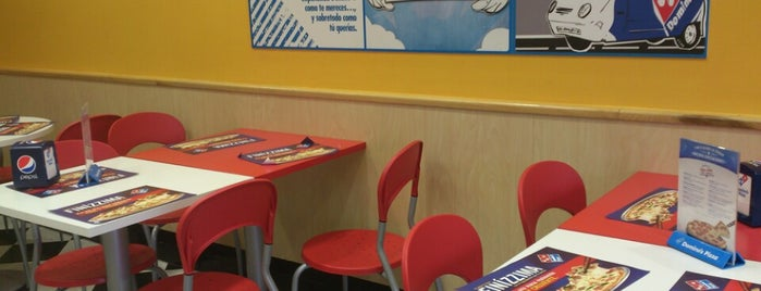 Domino's Pizza is one of Las Águilas.