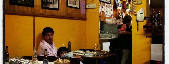 Bar Compostela is one of Restaurantes e outros sitios onde se come ben.