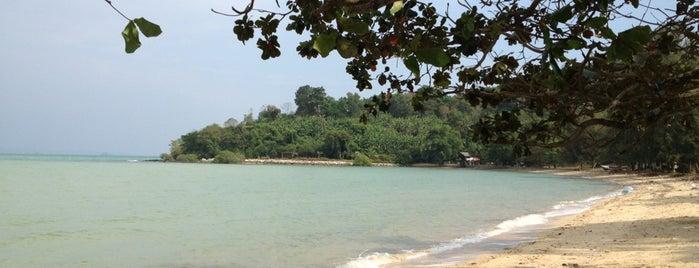 หาดปลื้มสุข is one of Phuket.