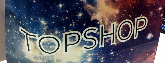 Topshop is one of Locais curtidos por Fatma.