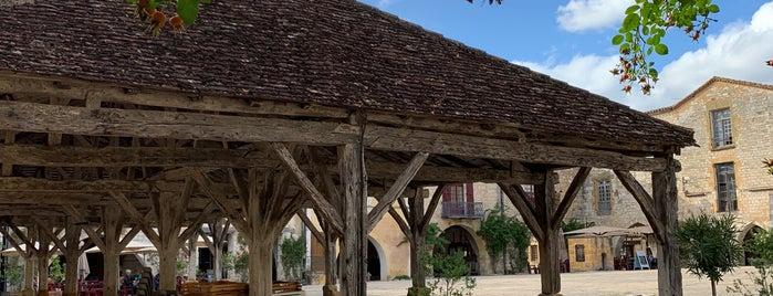 Monpazier is one of Les plus beaux villages de France.