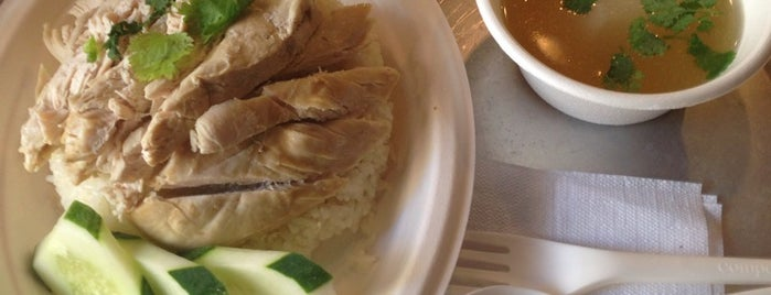 Eim Khao Mun Kai Elmhurst อิ่ม ข้าวมันไก่เอ็มเฮิสท์ is one of New Yorker Cheap Eats List.