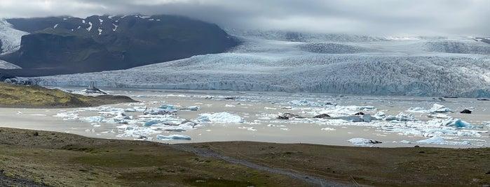 Fjallsárlón Glacier Lagoon is one of Locais curtidos por Erik.