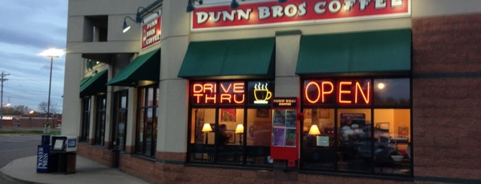Dunn Bros Coffee is one of Harry 님이 좋아한 장소.