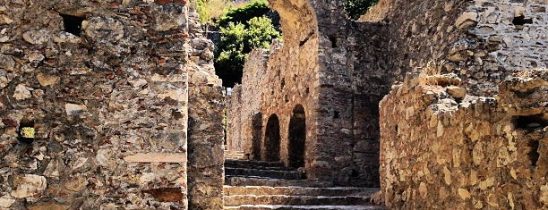 Mystras Castle Town is one of Locais curtidos por Polichka.