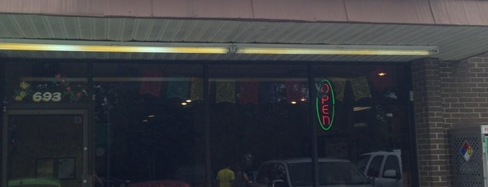 Chela's Mexican Restaurant is one of a2b3.
