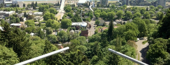 Portland Aerial Tram - Upper Terminal is one of Once we're in Portland.