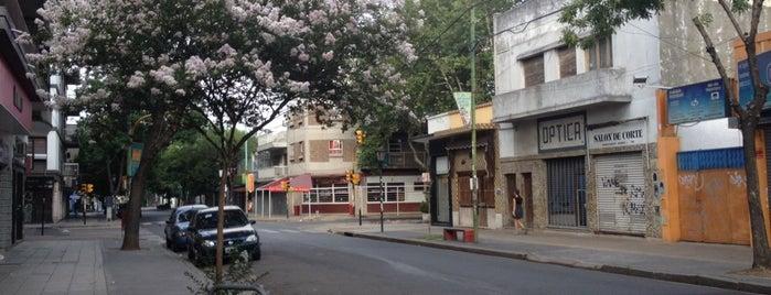 Monte Castro is one of Barrios de CABA.