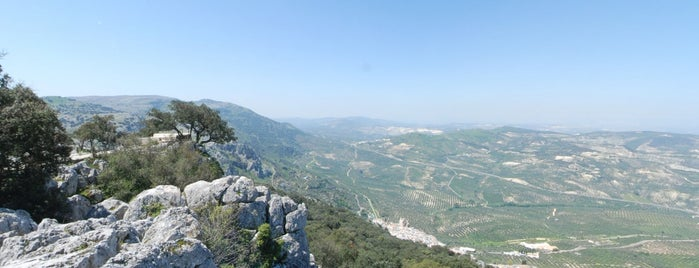 Mirador junto a Cueva is one of Que visitar en la provincia de cordoba.