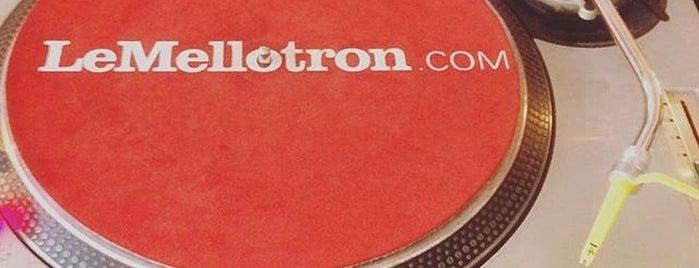 Le Mellotron is one of Paris la nuit.