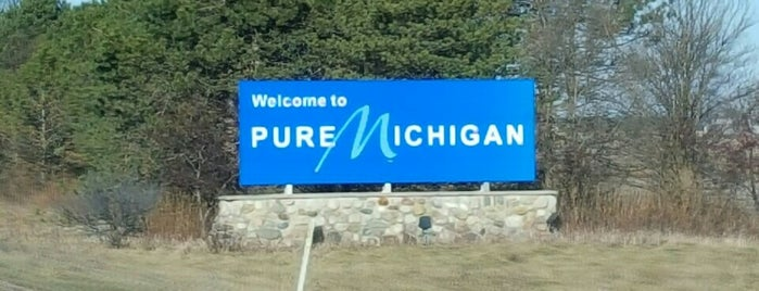 Michigan - Indiana State Line is one of Indiana.