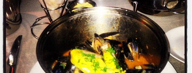 Flex Mussels is one of NYC Foodz.
