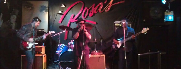 Rosa's Lounge is one of Chicago Blues History.
