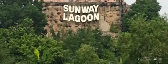 Sunway Lagoon is one of Christina 님이 저장한 장소.
