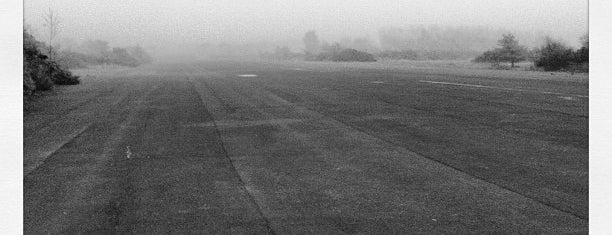 Blackbushe Airport is one of UK & Ireland Airports.