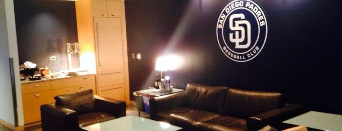Premier Club Suite 2 is one of Brad'ın Beğendiği Mekanlar.