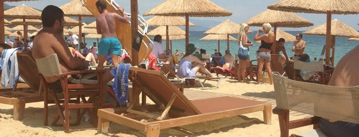 YachtClub Beach Bar is one of Harika Yavuz TaSaRiMさんの保存済みスポット.