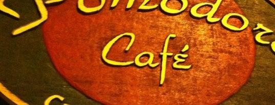Pomodoro Café is one of Comida.