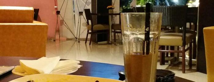 Dante Coffee Shop is one of Posti che sono piaciuti a ZRezhia.