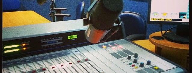 Rádio Universitária FM 88,9 is one of Danina : понравившиеся места.