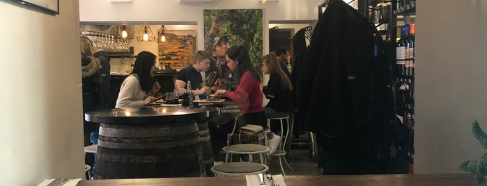 Beef Bar is one of Prag 2016.