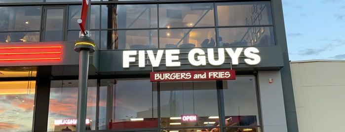 Five Guys is one of Orte, die Jay C' 🏉 gefallen.
