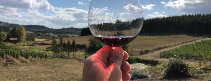 Domaine Divio is one of Portland wine country.