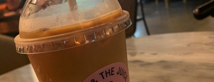 JOE & THE JUICE is one of LA healthy.
