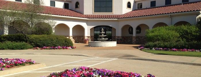 Tierra Verde Golf Club is one of Orte, die John gefallen.