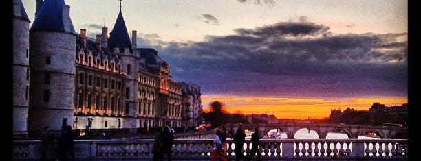Pont au Change is one of Paris.