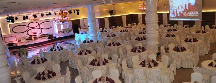 Esen Düğün Sarayı is one of Tempat yang Disimpan Funda.