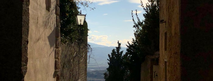 via dell'amore is one of Toscany.
